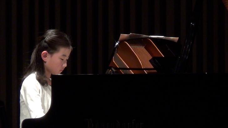 CX-430でピアノの発表会の動画を撮影