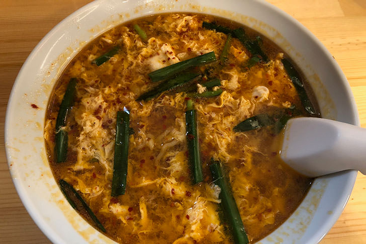 辛麺はやっぱりちぢれ麺で食べたい