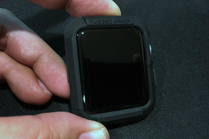 Apple Watchにケースをつけたところ