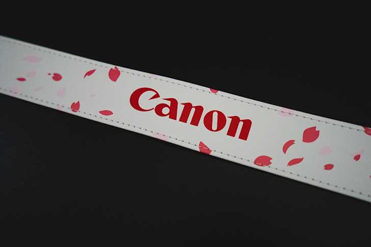 Canonロゴと桜のデザイン