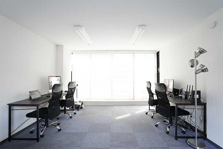 広角レンズでオフィスの写真もばっちり