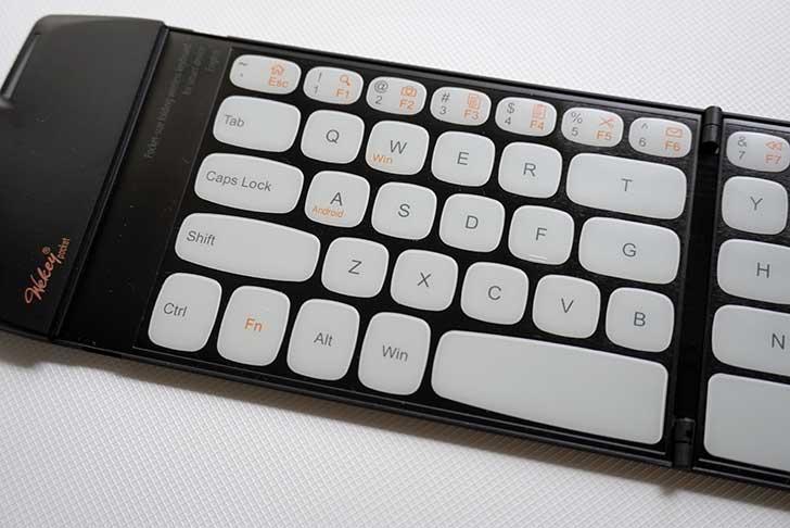 軽量モバイルキーボード wekey pocket
